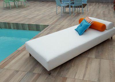 Lounge-Bett
